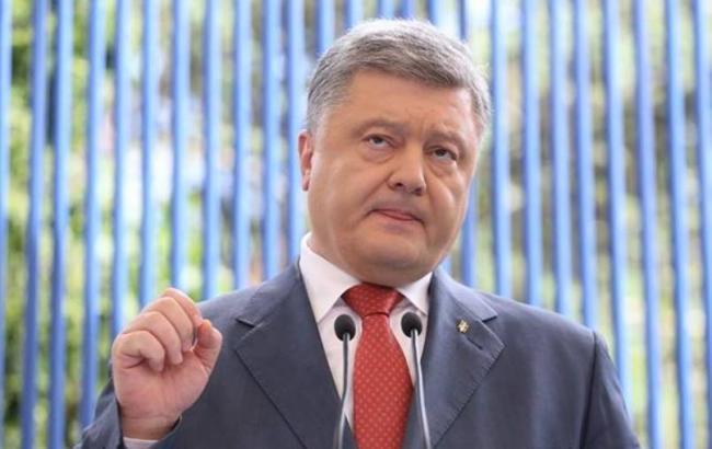 Украина способна остановить наступление любого количества войск РФ, - Порошенко