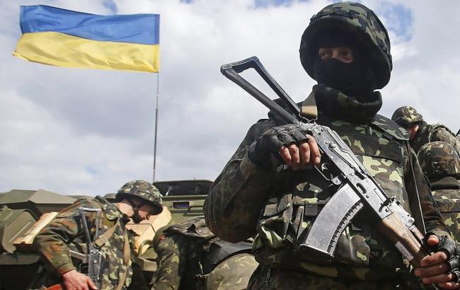 Заминувшие сутки погибли двое украинских военных— Штаб АТО