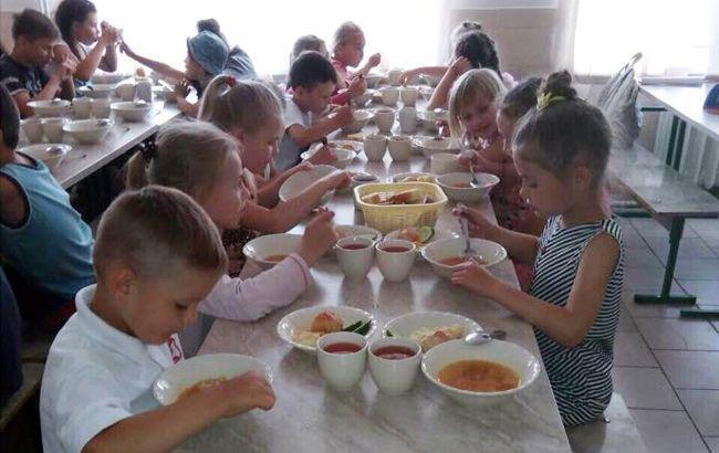Громадяни США усиновили 138 дітей-сиріт з України у 2018 році