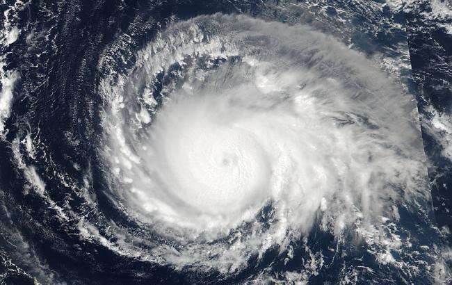 """Ураган """"Уилла"""" в Тихом океане достиг максимальной категории"""