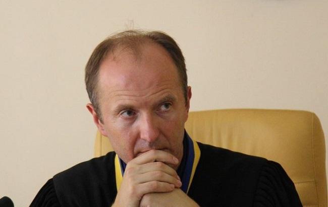Фото: суддя у справі Олександра Єфремова Володимир Карабань