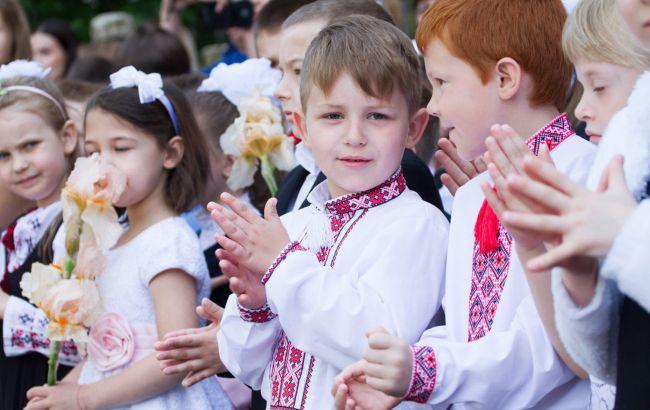 Учебный год начнется 1 сентября в обычном режиме, - Шмыгаль