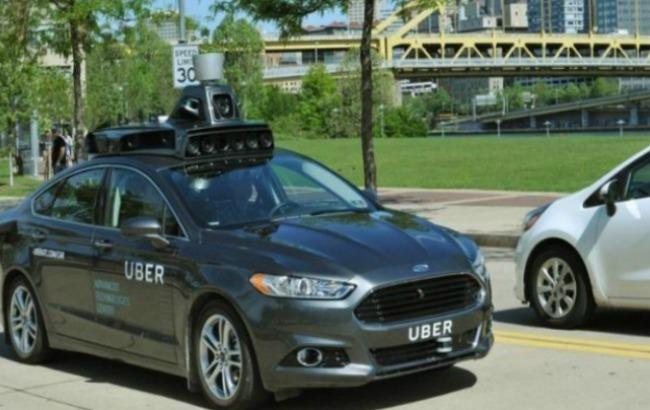 Фото: Uber протестирует услугу заказа такси без водителя (bbc.com)