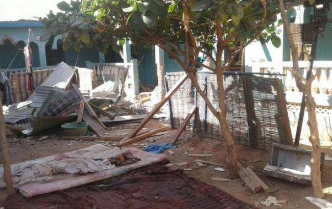 Фото: боевики взорвали отель с актерами