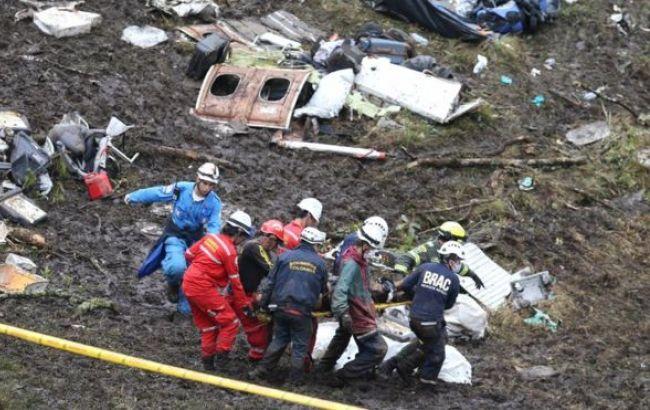 Фото: в результаті авіакатастрофи в Колумбії загинула 71 людина