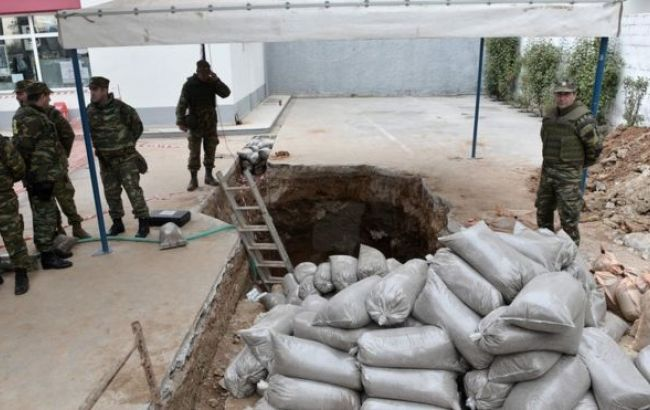 ВСалониках эвакуируют до72 тыс. человек, чтобы обезвредить 250-килограммовую бомбу
