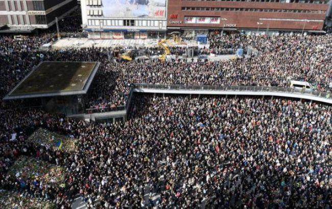 "Фото: ""Lovefest"" в столице Швеции"