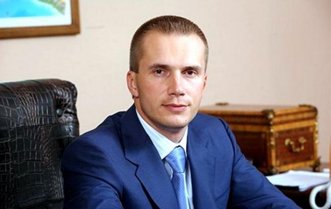 Фото: сын Януковича подал в суд на НБУ