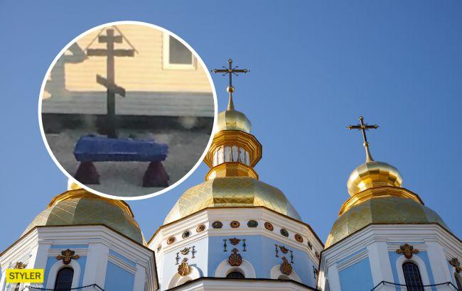 В Крыму люди съезжают из своих домов из-за покойников под окнами (видео)