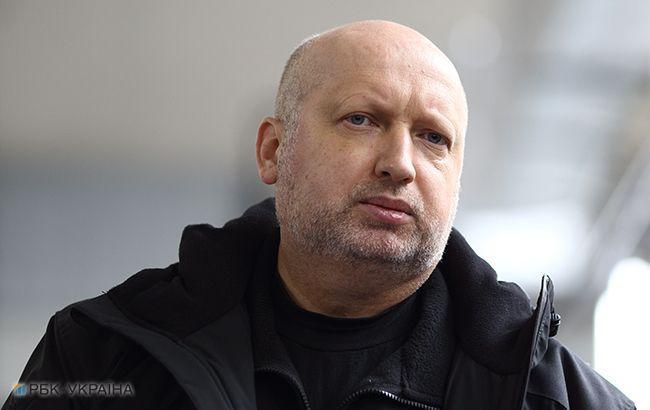 Турчинов считает, что биометрической контроль усилит борьбу с криминалитетом и разведчиками
