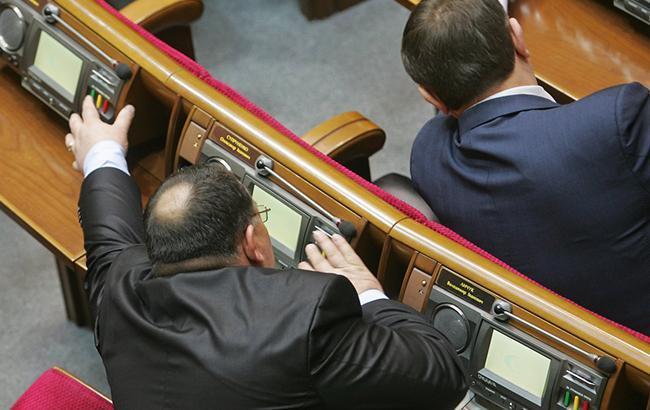 Фото: Депутаты (УНИАН)