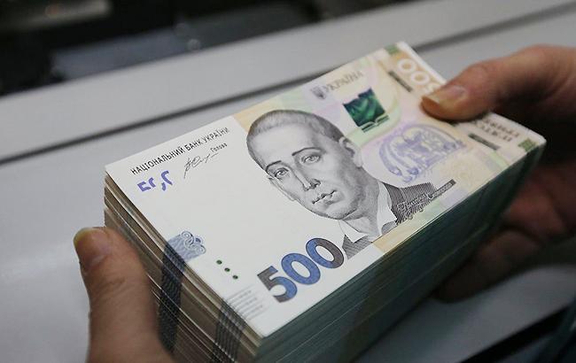 Фото: наличный курс доллара понизился (УНИАН)