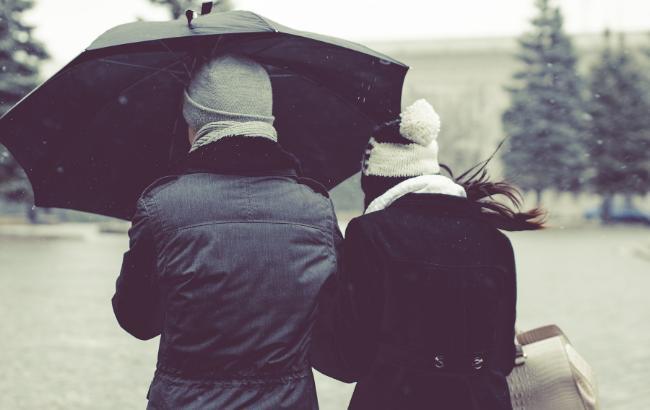 Дождь, снег и гололедица: синоптик дала прогноз на начало недели