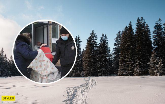 7 километров по глубоким сугробам: спасатели нашли юношу, заблудившегося в лесу под Черниговом