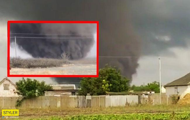 Під Херсоном пронісся потужний торнадо: фото і відео руйнівної стихії