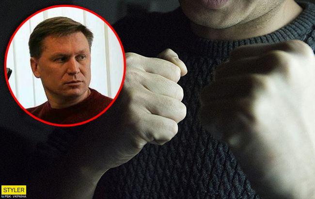 Выволокли без одежды: в ночном клубе Славянска жестко избили заммэра из-за песен Газманова