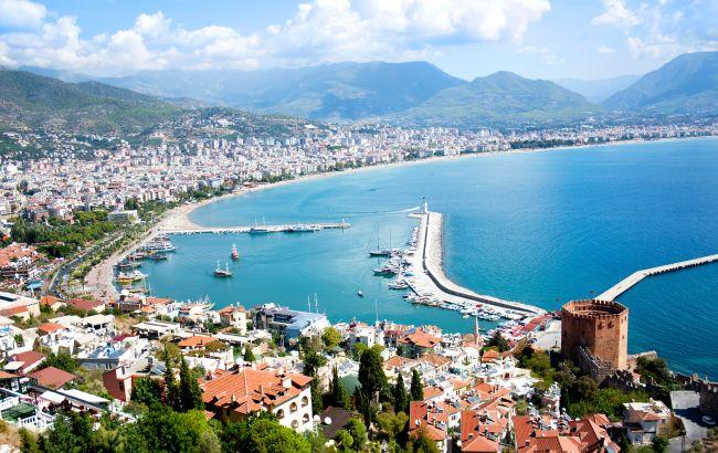 Полететь в Турцию из Украины в августе будет нельзя: названа причина