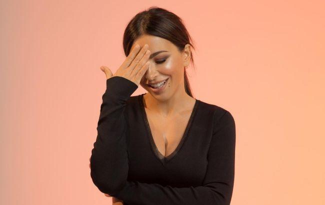 """Ани Лорак заговорила про """"достоинство"""" в день местных выборов (фото)"""