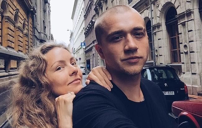 Фото: Олена Шоптенко з чоловіком Олексієм (Instagram)