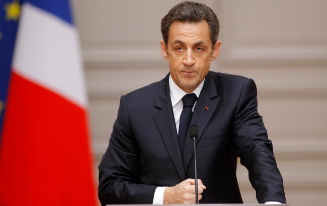 Фото: Николя Саркози выбывает из гонки на выборах президента Франции