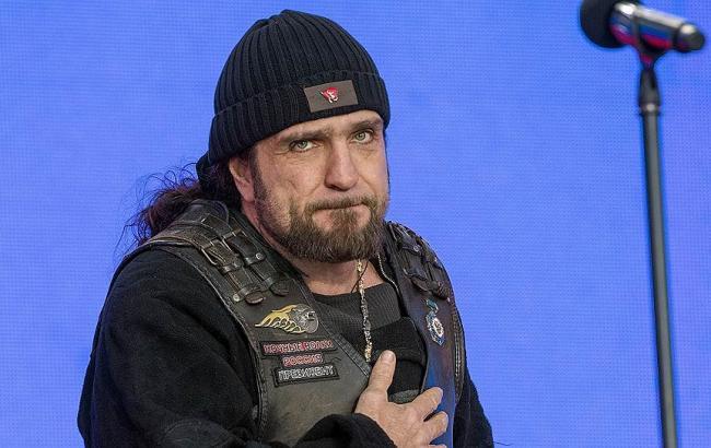 """Путінський байкер """"Хірург"""" облаяв матом пісню, яка висміює """"патріотів"""" Росії"""