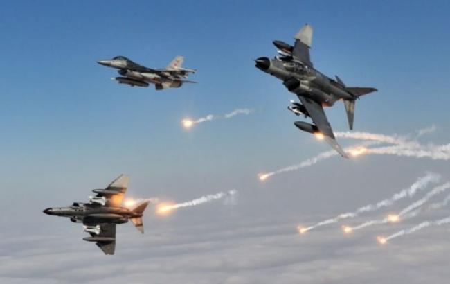Фото: Сирийская авиация