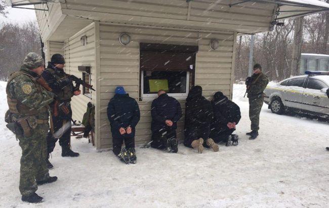 Фото: полиция задержала группировку