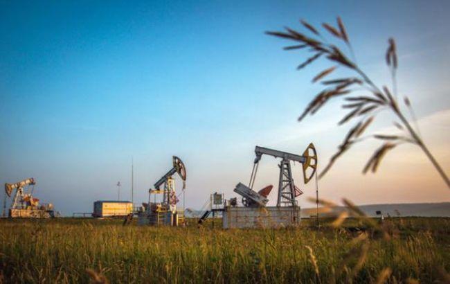 Цена нефти Brent опустилась ниже 54 долларов за баррель