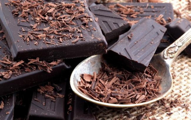 Лікарі назвали головні причини, щоб їсти шоколад щодня