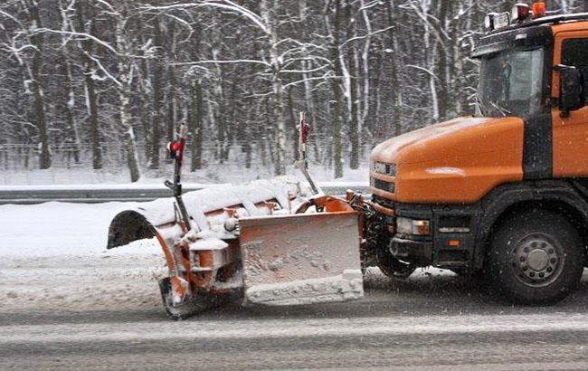 Фото: Прибирання снігу в Києві (kievvlast.com.ua)