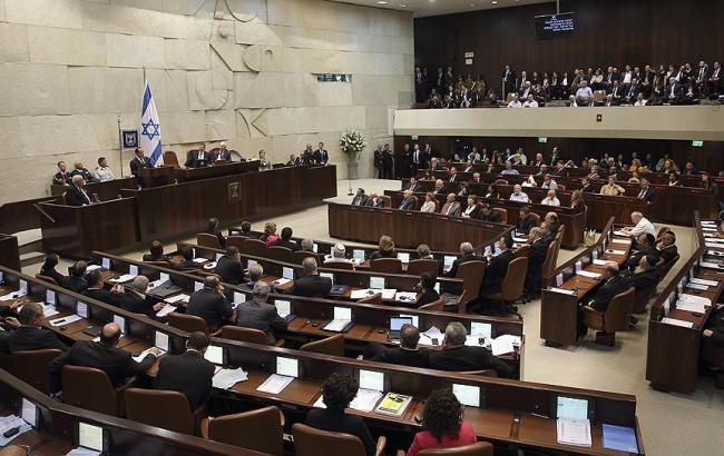 Израиль легализовал свои поселения на спорных палестинских территориях
