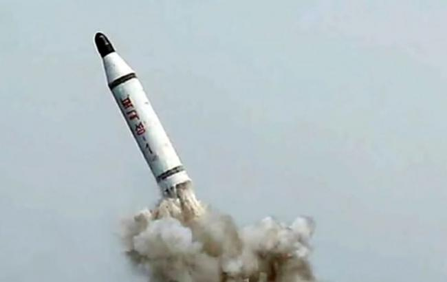 КНДР запустила баллистическую ракету внаправлении Японского моря: Япония иСША насторожены
