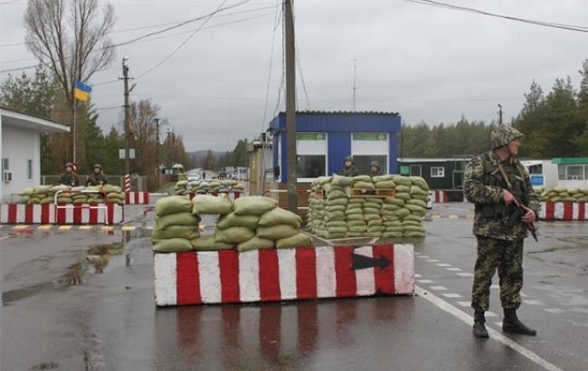 Фото: на блокпосту в Луганской области задержали пособницу ЛНР