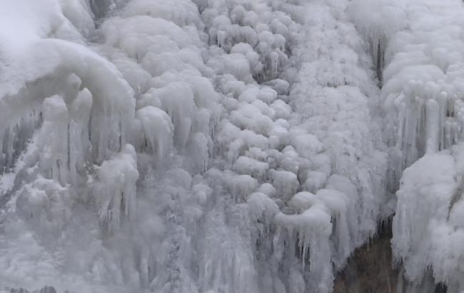 Фото: Червоногородський водоспад