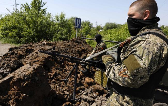 Фото: Боевик на Донбассе