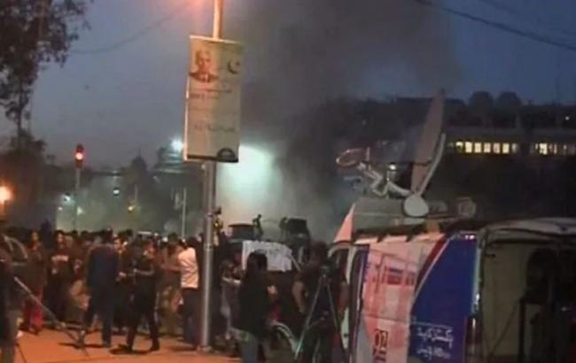 Фото: взрыв в Пакистане