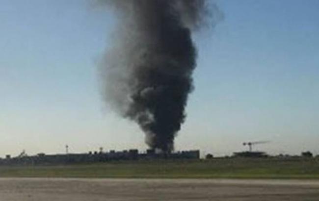 ВАвстралии самолет с5-ю людьми наборту рухнул наторговый центр