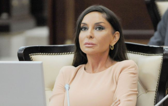 Президент Азербайджана назначил свою жену вице-президентом
