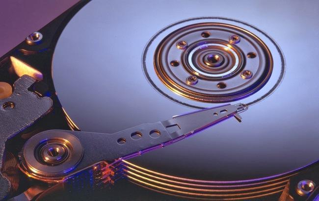 Фото: виробництво жорстких дисків скорочується