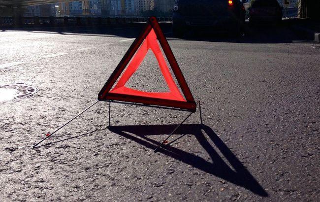 У Києві на Великій Кільцевій дорозі Skoda Octavia на смерть збила чоловіка