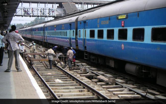 Фото: в Індії фермер відсудив потяг у залізничної компанії