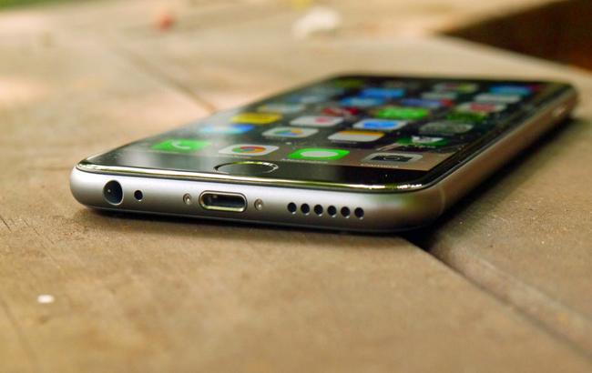 Фото: iPhone 6 доступний в Україні за ціною 13499 гривень