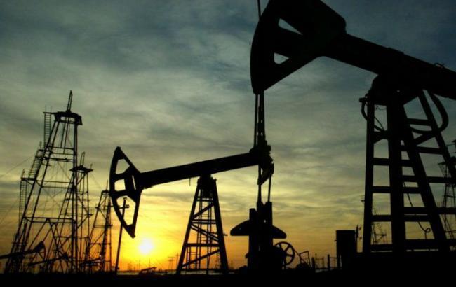 Нафта Brent торгується нижче 49 дол./бар