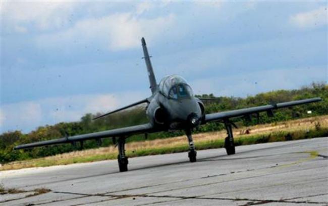 Фото: в Сербии разбился учебно-боевой самолет