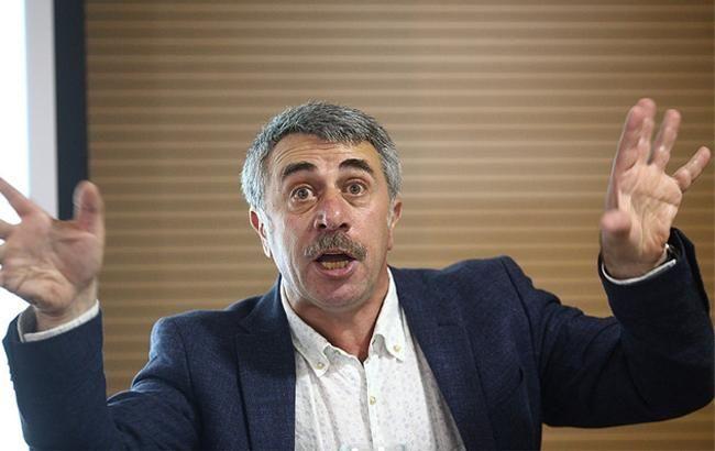 Божевільна країна: Комаровський вмовляв батьків поїхати з України
