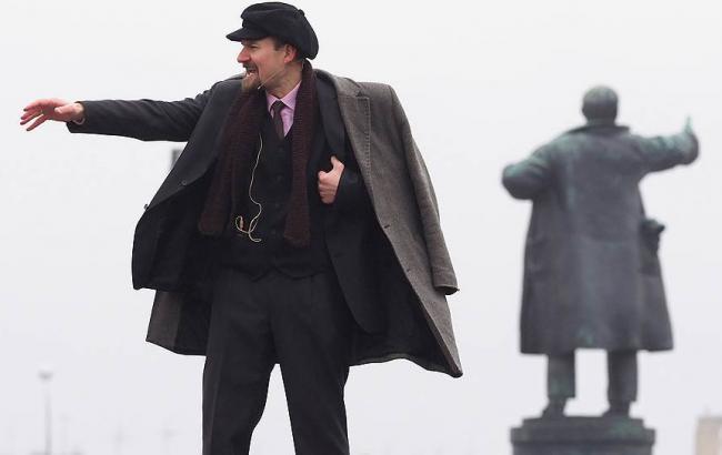 Фото: 79% россиян выступили против сноса памятников Ленину