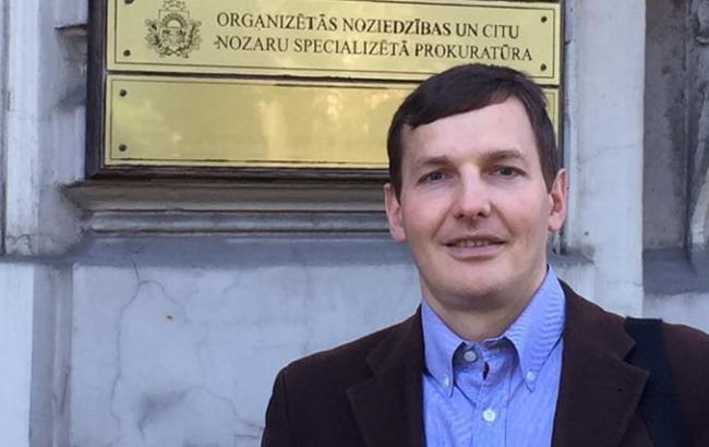 Рішення Інтерполу не мають значення для початку судового процесу у справі Януковича, - Єнін
