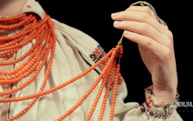 В мережі з'явився кліп про український святковий одяг Вінницької області