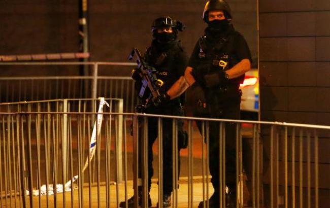 Вибухи на стадіоні Манчестера поліція розцінює як можливий теракт