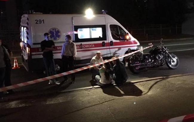 У Києві на Харківському шосе невідомі розстріляли мотоцикліста
